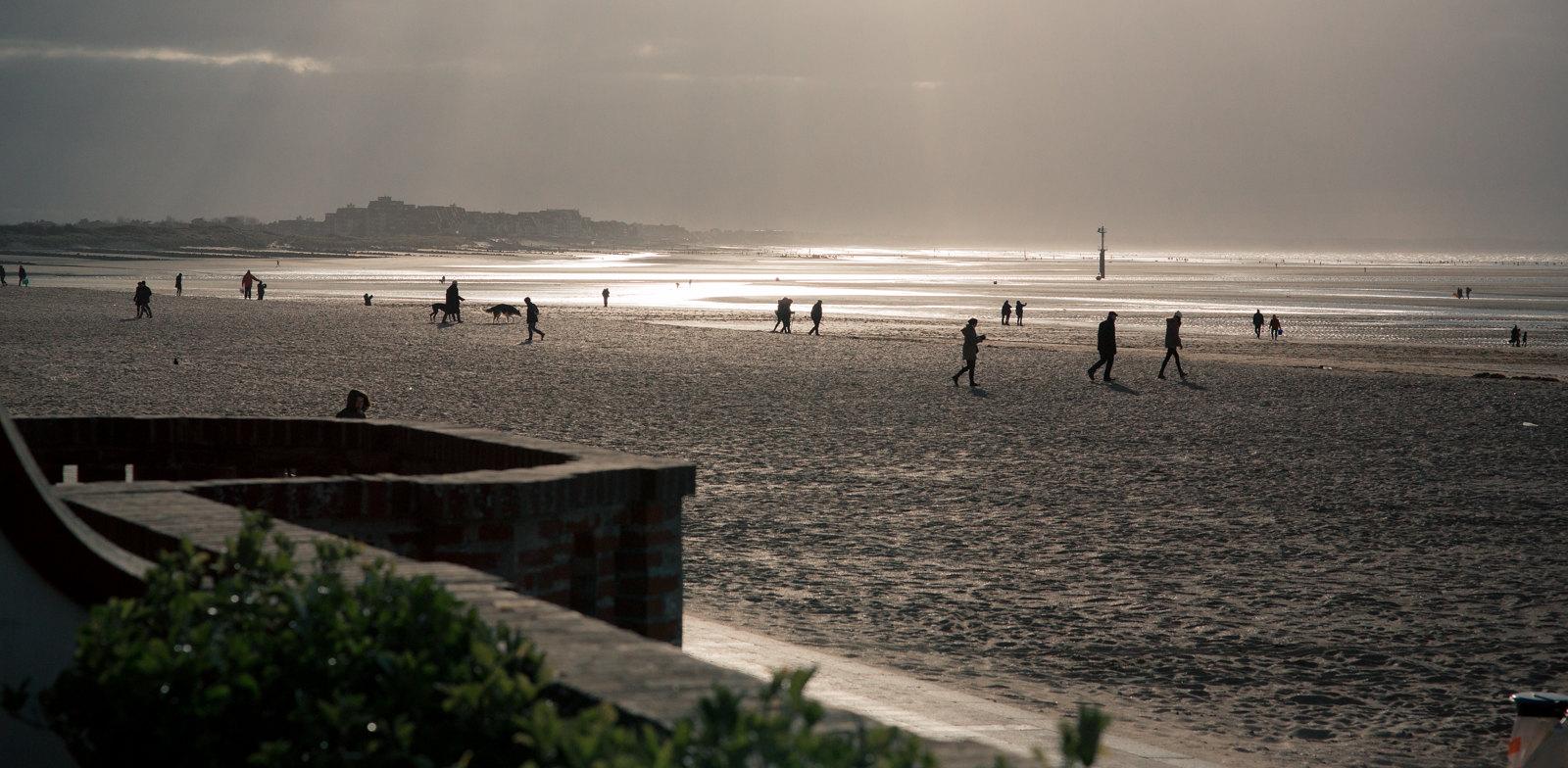 Normandie silhouettes à contre 17013191985_51bc2441a9_h