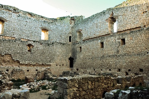 Ruinas II