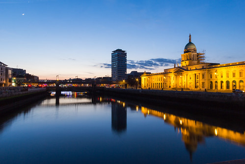 city travel bridge ireland light sunset sky dublin moon house water river twilight europe cityscape eire liffey custom irlanda 2015