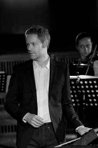Max Richter in action.