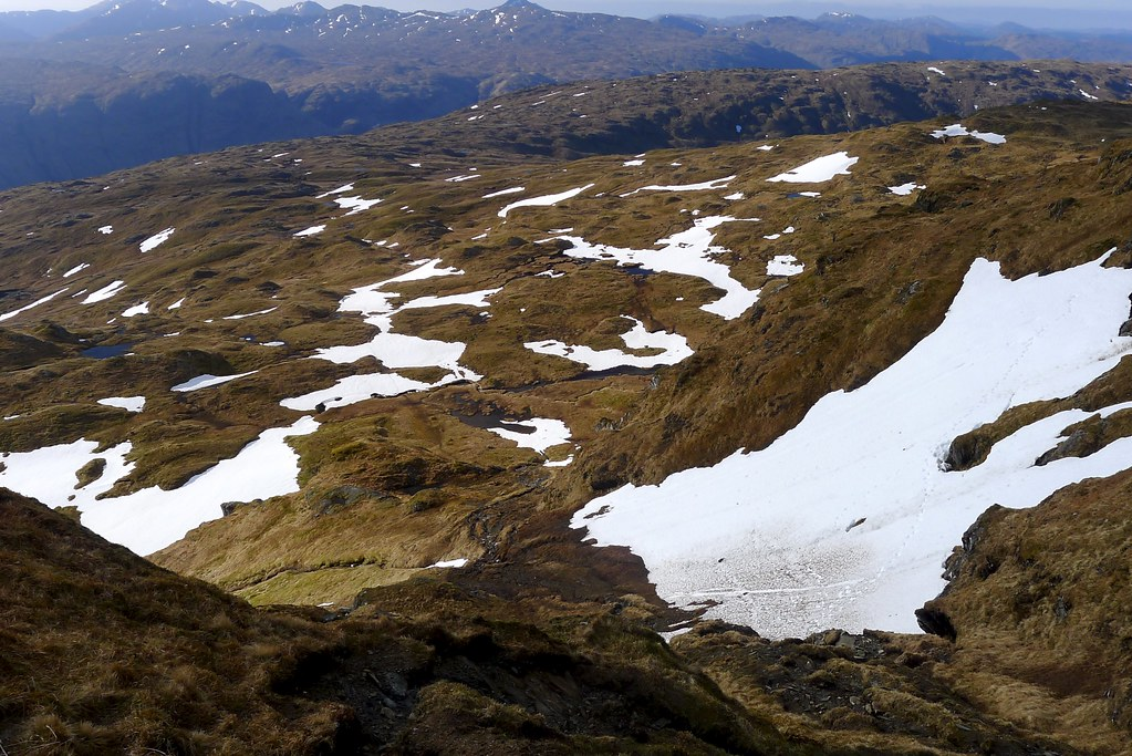 Looking down the ascent of Beinn Bhuidhe