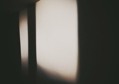 morning sunlight window wall glow minimal mita三田