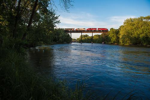 railroad bridge minnesota train us unitedstates cpr rockford canadianpacificrailway emd gp382 crowriver paynesvillesub h5509 soo4410 gp20ceco cp2204 cp2208
