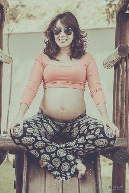 Mamãe modelo... Gaby super linda aguardando a chegada do Joca!! >>> Ative sua máquina do tempo <<< #hardphotographia #hard2016 #ativesuamaquinadotempo #amor #romance #apaixonados #model #sorriso #encanto #foto #mamae #fotografia #instafoto  #pregnant #gra
