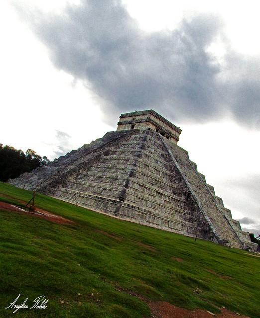 Templo de Kukulcán II
