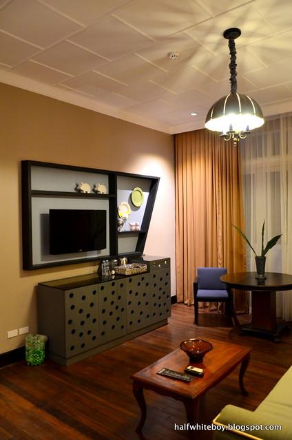 the henry hotel manila 25