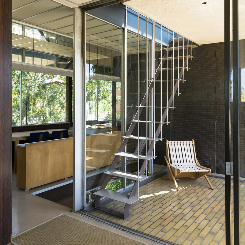 neutra vdl stairs