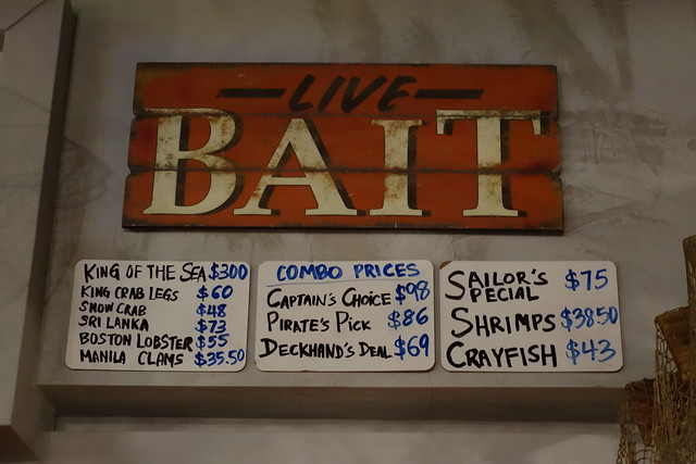 The price list in March 2015 at Full of Crab