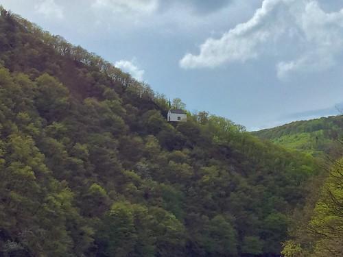 our sky clouds europa europe cloudy himmel wolken chapel eifel luxemburg vianden naturpark kapelle bewölkt kantonvianden appleiphone6 latarios bildchenkapelle
