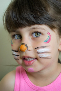 My Daughter Jomana - Cat face painting!!