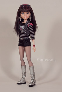 """Mix&Match with «Teen Basics in Black» OUTFIT for 14"""" Moxie Teenz"""