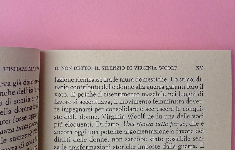 Virgina Woolf, Gita al Faro. Einaudi 2014. Progetto grafico di 46xy. Prefazione: indicazione dell'autore e del titolo, in capo al testo, allineato al margine interno (part.), alle p. XIV e XV, 1