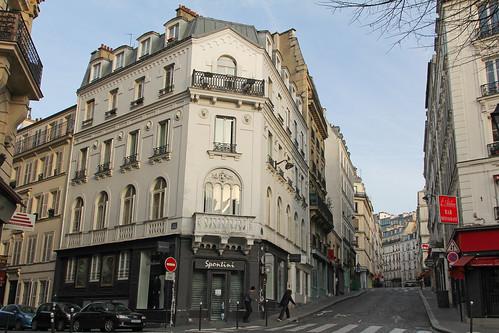 Rue des Trois Frères - Paris (France)