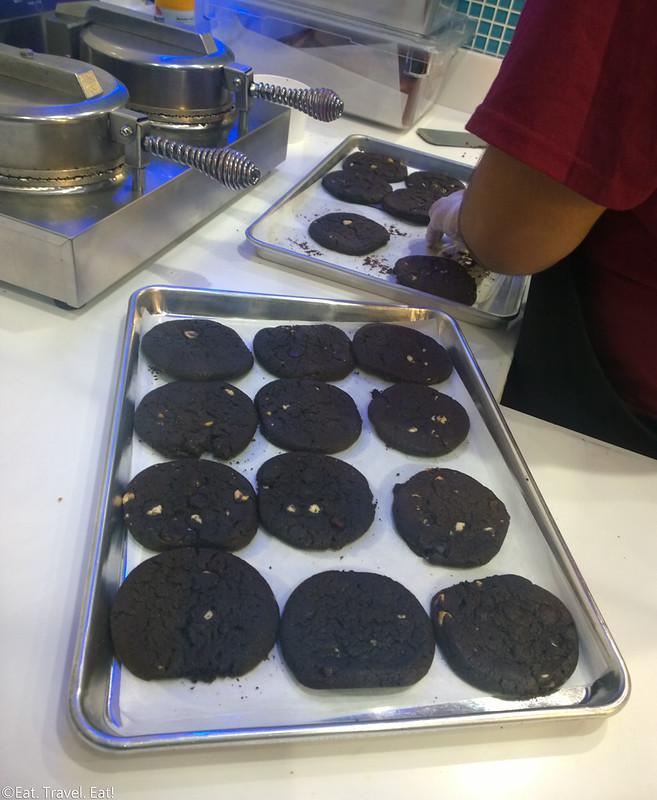 Cream (University Gateway, University of Southern California)- Los Angeles (University Park), CA: Freshly Baked Cookies