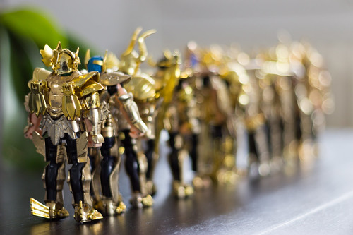 Saint Seiya - Chevaliers d'or - back (line)