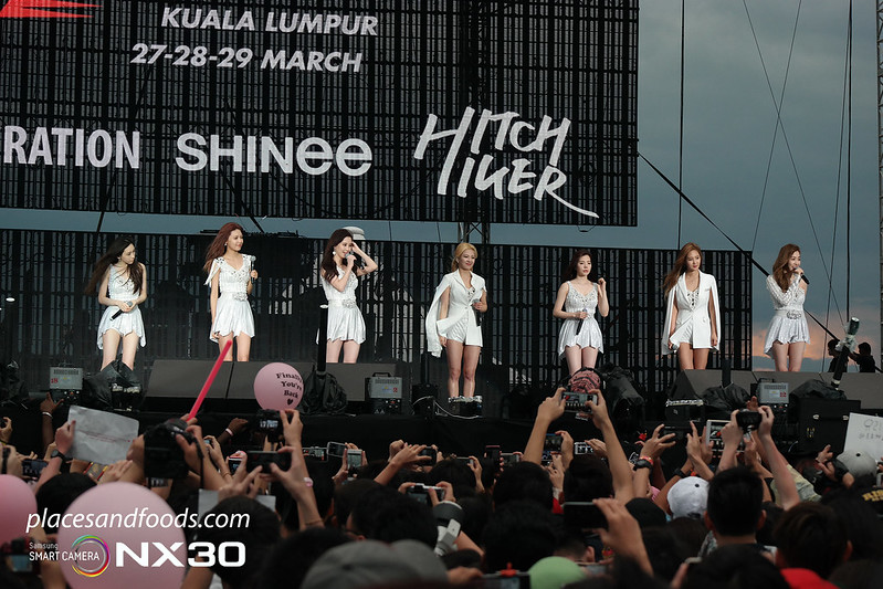 2015 f1 party girls generation full team on stage