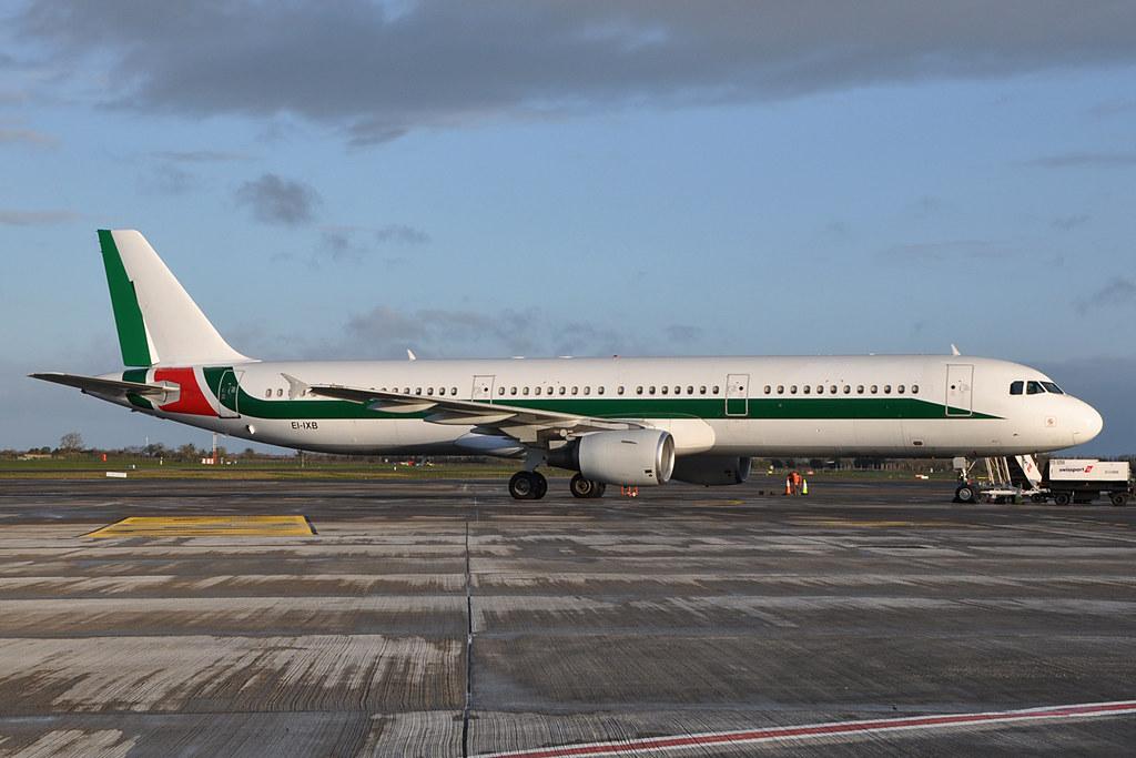 EI-IXB A321-112  Alitalia