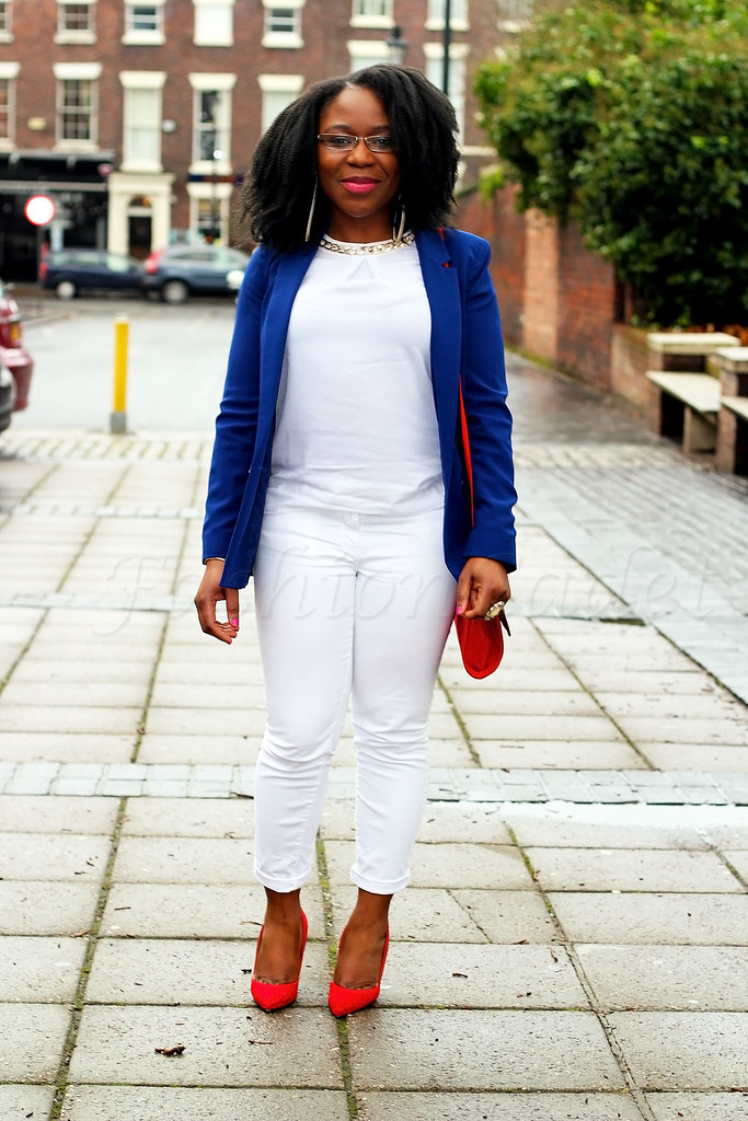 Long-blue-blazer-white-jeans-white-top-red-stiletto-heels-&-handbag,blue blazer, women's blue blazer, women blazers, red bag, red handbag, red and blue outfit, red white blue outfit, colour block outfit, street style, street fashion, latest trend, latest style, trends, fashion trends