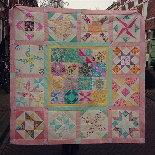 My #sugarblockclub quilttop is done!