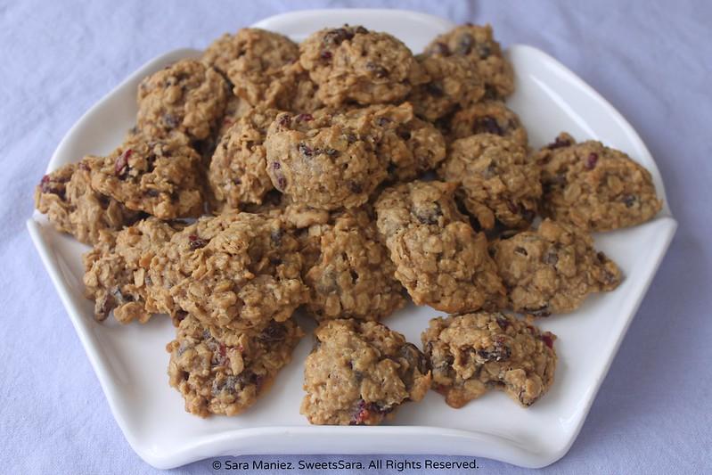 Oatmeal Raisin Cranberry Cookies-IMG_5509