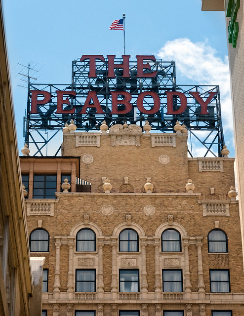 Peabody Hotel (1925), view02, 149 Union Ave, Memphis, TN, USA