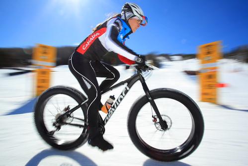 À l'arrivée de la course FAT-RAQ Tour au Mont Lac Vert@Charles-David_Robitaille