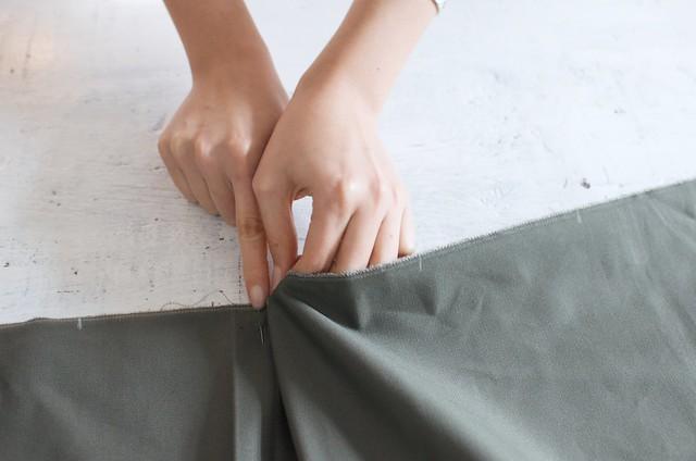 How to make a Midi Skirt www.apairandasparediy.com