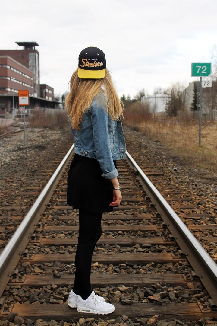 train 184
