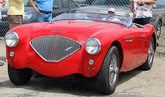 race car, automobile, vehicle, automotive design, austin-healey 100, antique car, classic car, vintage car, land vehicle, convertible, sports car,