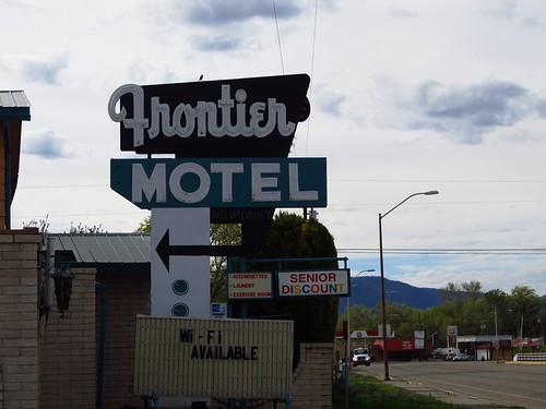 newmexico sign neon cuba motel roadtrip neonsign frontiermotel fadingamerica