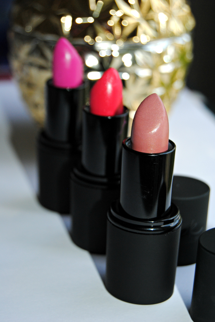 Sleek True Colour Lipsticks (002)