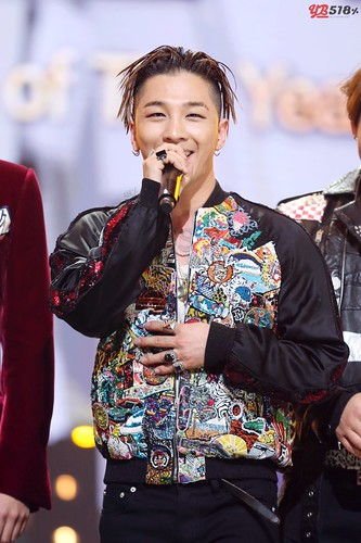 Big Bang - Golden Disk Awards - 20jan2016 - YB 518 - 08