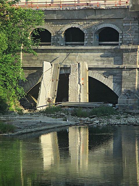 Aqueduct monster