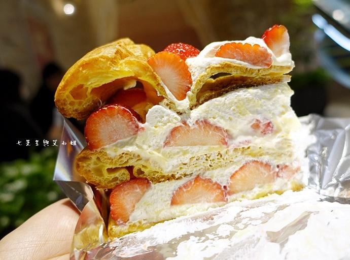 11 HARBS 草莓泡芙蛋糕 FOOD PARCROYAL QUEEN 草莓 吉祥寺