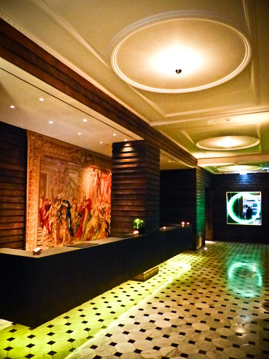 Hallway,-London-Edition-Hotel