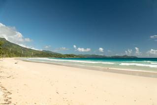長さ 1285 メートルのビーチ の画像. sc seychelles mahe grandeanse