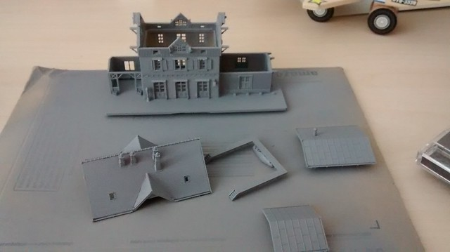 z-scale train station primed