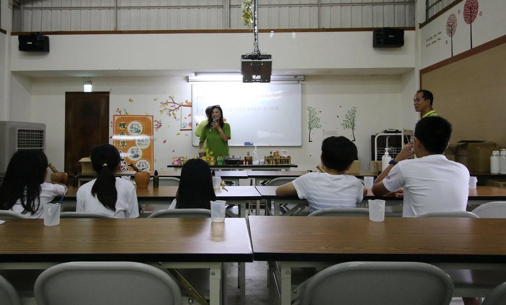 華秝農場茶油故事館19