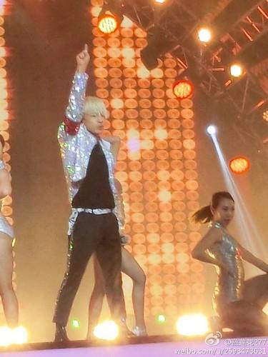 Taeyang-YoungChoiceAwards2014-Beijing-20141210_-34