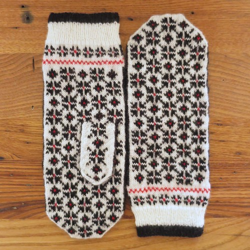 Black & White & Red All Over Mittens