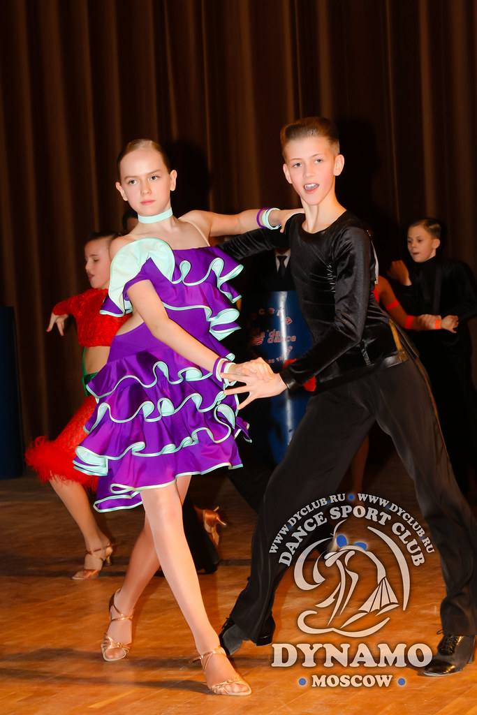 Яковлева продажа платьев для бальных танцев ю-1 поступления материалов