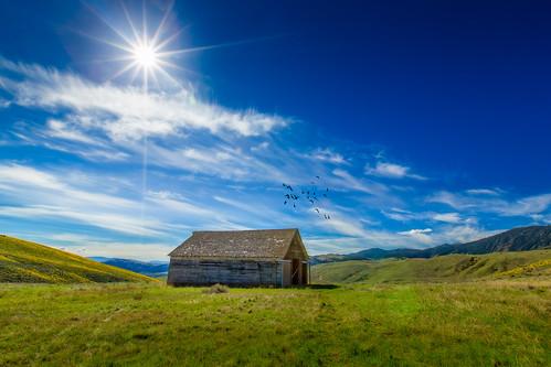 clouds barn view sunstar okanogancounty conconullyroad birdbrush scotchcreekwildlifearea