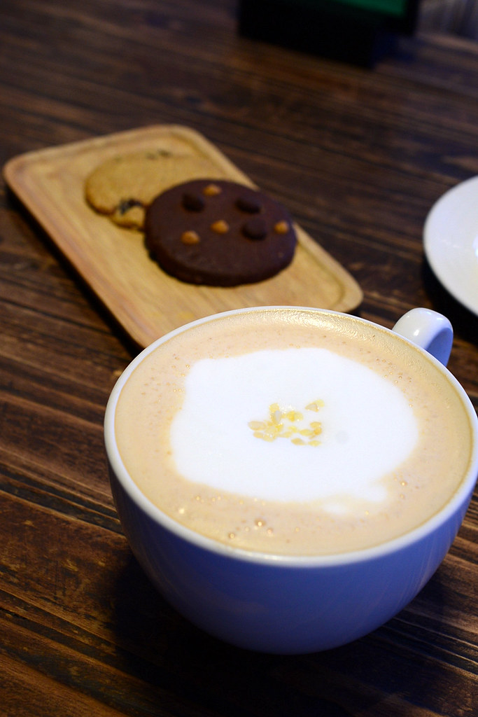 CHECK CAFÈ 雀客咖啡