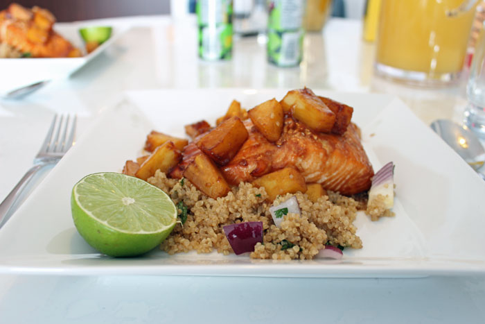 Brown_Sugar_Honey_Salmon_Pineapple_Quinoa