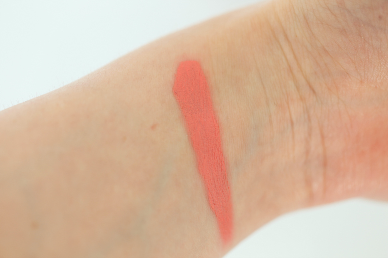 isadora, isadora cosmetics, isadora make-up, isadora nederland, isadora spring 2015, isadora lipstick, isadora twist-up matt lips, isadora twist-up matt lips review, isadora twist-up matt lips swatches, beautyblog, peach lipstick, v&d, fashion is a party, fashion blogger