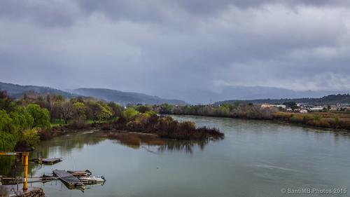 españa primavera rain clouds río river landscape geotagged spring lluvia paisaje nubes ebro esp cataluna moradebre 2tumblr sal18250 2blogger geo:lat=4109408070 geo:lon=064149320