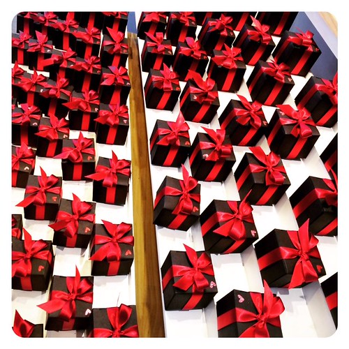 mini wrapped gifts