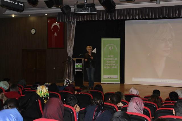Prof. Dr. Tarhan ve Prof. Dr. Atasoy genç psikologlarla buluştu. 4