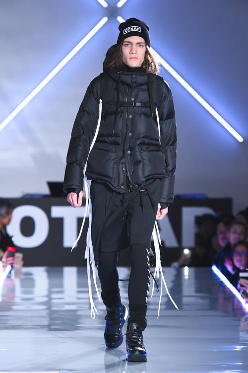 Marcel Castenmiller3337_FW15 Tokyo Onitsuka Tiger × ANDREA POMPILIO(Fashion Press)