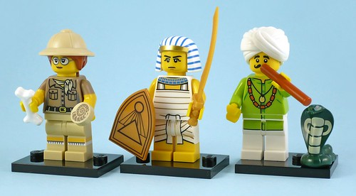 71008 Collectable Minifigures Series 13 photo 01